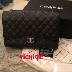 Chanel Maxi in caviar leather